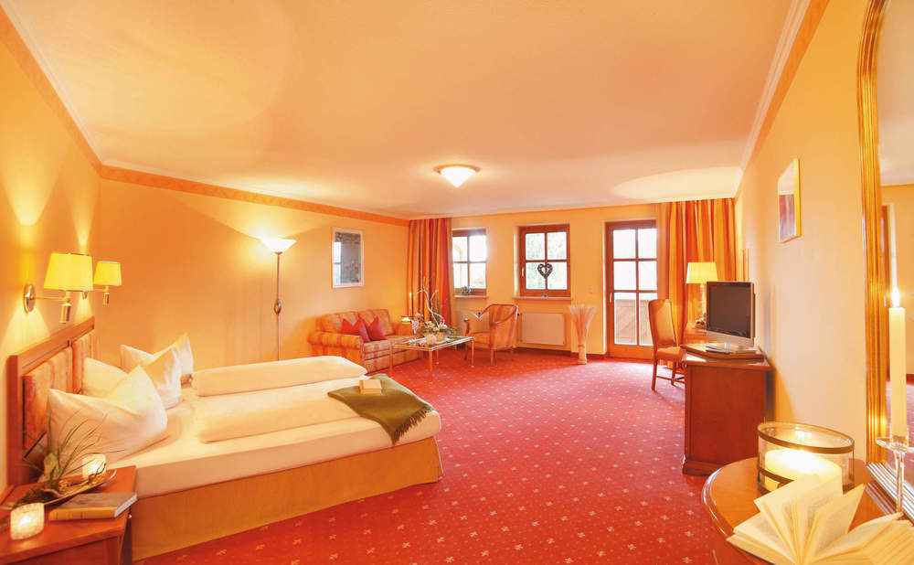 sch ne doppelzimmer neue post wohlf hl hotel bodenmais hotels mit doppelzimmer bayerischer wald. Black Bedroom Furniture Sets. Home Design Ideas